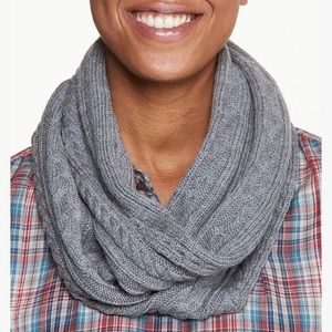 Toad&Co Merino Cable Scarf - NWT